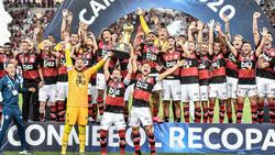 El Flamengo levantó su tercer trofeo en menos de dos semanas.
