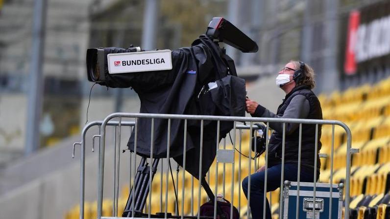 Die DFL vergibt die TV-Rechte für die Fußball-Bundesliga