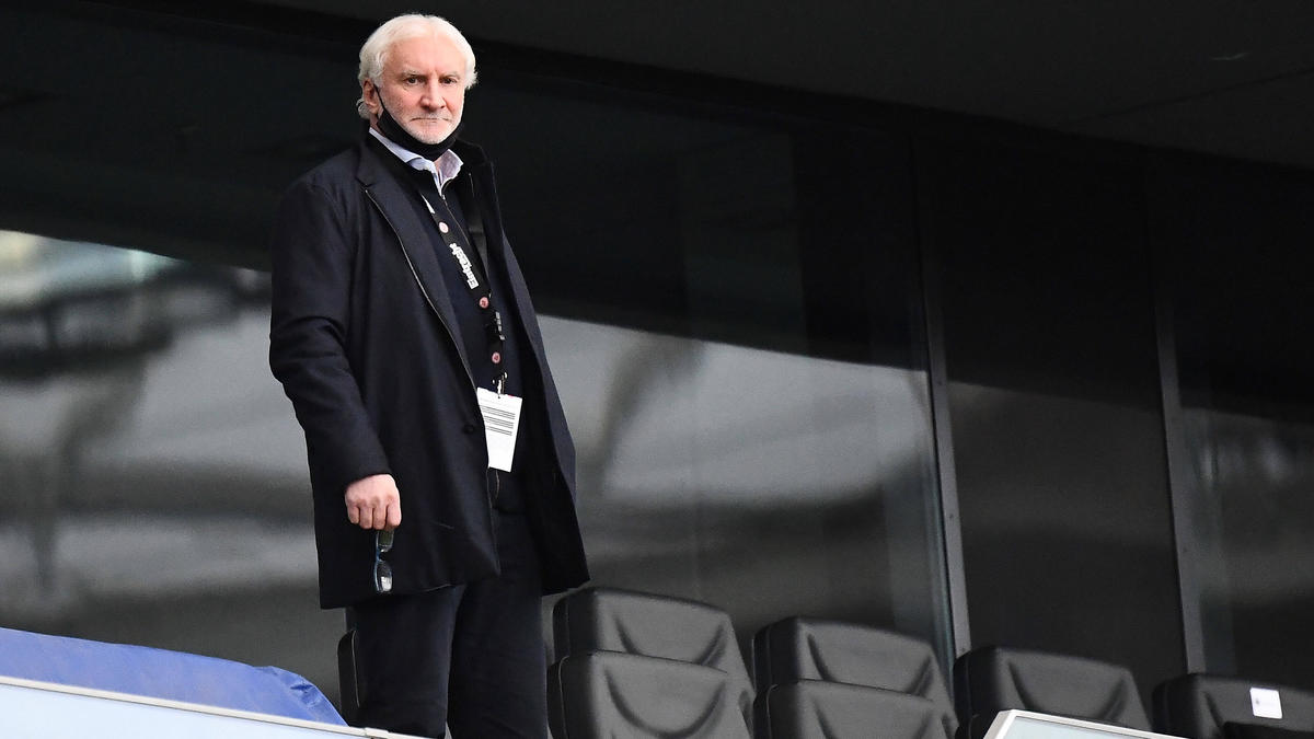 Bayer-Sportchef Rudi Völler hat weiterhin Vertrauen in Trainer Peter Bosz
