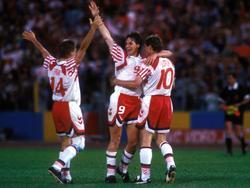 Lars Elstrup (rechts) jubelte mit Dänemark 1992 über den EM-Titel