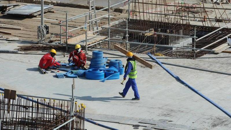 Der WM-Gastgeber Katar hat sich laut der Bundesregierung der Kritik gestellt