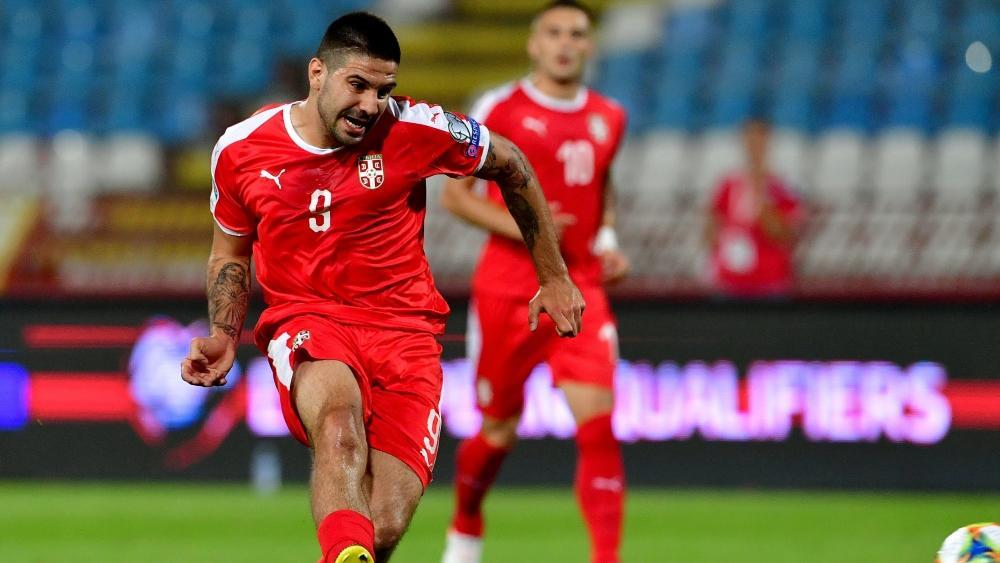 Mitrovics' Transfer gerät ins Zentrum der Ermittlungen