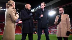 Gabby Logan, Thierry Henry, Peter Crouch y Roberto Martinez en una retransmisión.
