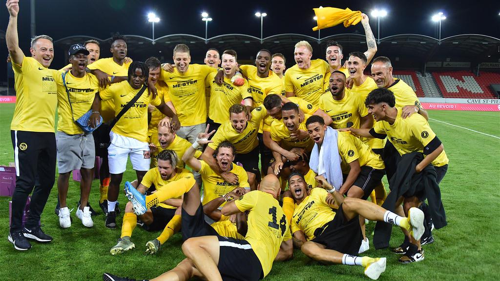 Das Berner Team bejubelt die Meisterschaft