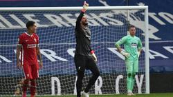 Liverpools Keeper Alisson Becker schoss gegen West Brom das entscheidende Tor