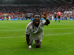 Swansea dio la vuelta al partido con el segundo gol marcado por Gomis. (Foto: Getty)