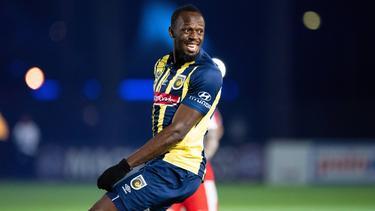 Usain Bolt hat seine ersten Tore für die Central Coast Mariners geschossen