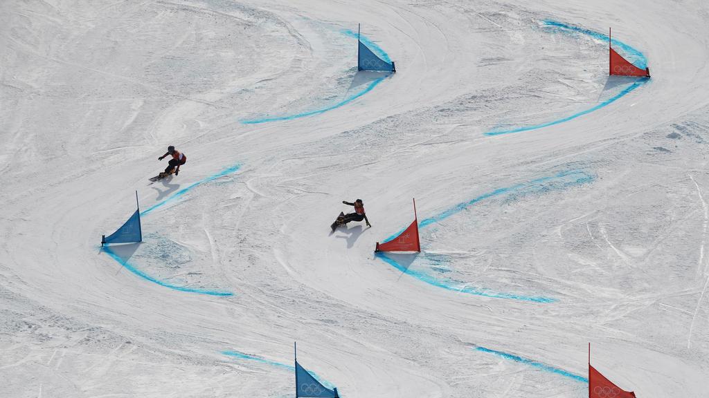 Die Snowboard-Saison hat in Carezza begonnen