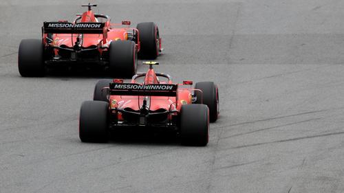Die beiden Ferraris kollidierten in Brasilien
