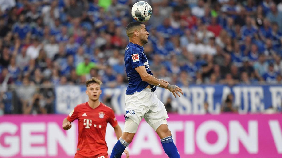 Kennen sich aus der Bundesliga: Mascarell vom FC Schalke 04 (r.) und Joshua Kimmich vom FC Bayern München