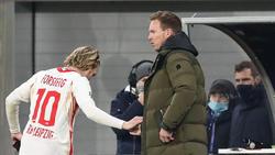 Emil Forsberg (l.) muss gegen Leverkusen passen