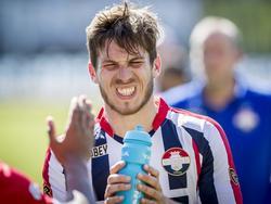 Willem II wint bij Roda JC, maar moet desondanks de nacompetitie spelen om in de Eredivisie te blijven. Verdediger Dries Wuytens baalt daar enorm van. (08-05-2016)