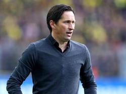 Ex-Bundesligatrainer Schmidt will in Peking bleiben