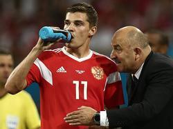 Stanislav Cherchesov seguirá dirigiendo la selección de su país. (Foto: Imago)