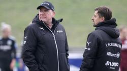 Manager Dietrich (l.) und Trainer Arnautis planen um