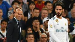 Einbruch bei Zinédine Zidane und Isco (v.l.)