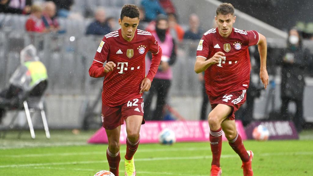 Jamal Musiala steht in der Startelf des FC Bayern