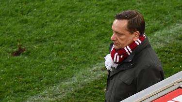 Horst Heldt nahm im Saison-Endspurt einen Trainer-Wechsel beim 1. FC Köln vor