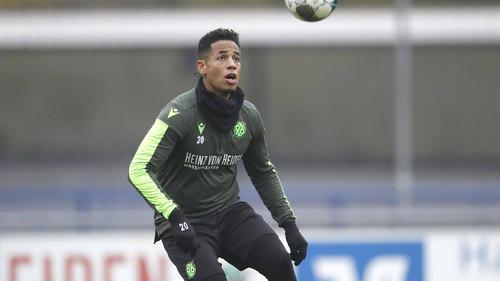 Dennis Aogo stand zuletzt bei Hannover 96 unter Vertrag
