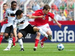 Deutschland fertigt England auf dem Weg ins Halbfinale ab