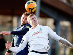 Oliver Hüsing (vorne) verlässt Werder Bremen in Richtung Ungarn