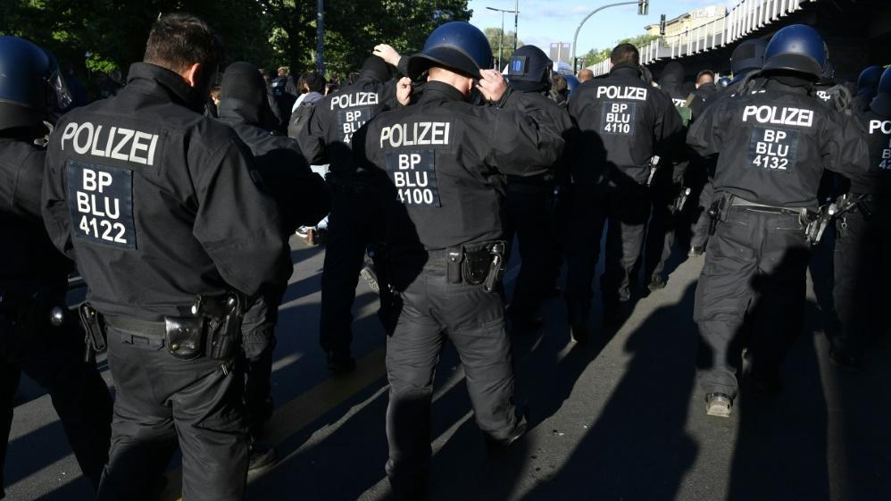 Polizisten sollen angegriffen worden sein (Symbolbild)