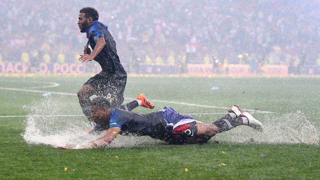 Die Weltmeister trotzen dem schlechten Wetter in Moskau