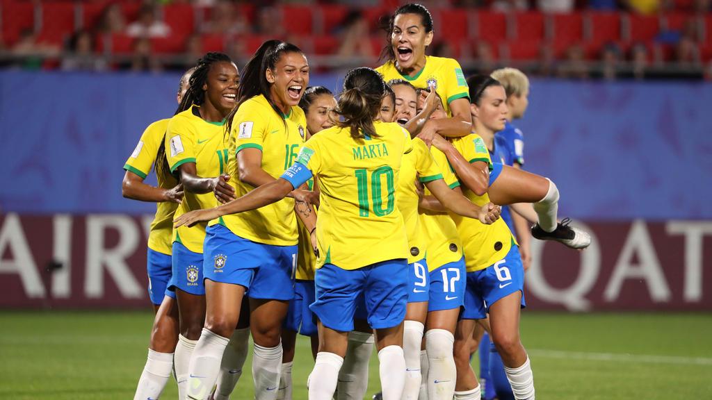 Brasilien wird in der Gruppe C nur Dritter