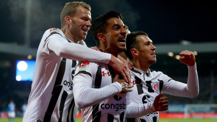 Der FC St. Pauli feiert einen wichtigen Dreier beim VfL Bochum