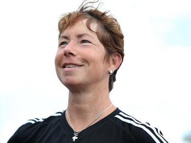 U19-Trainerin Maren Meinert hat gut Lachen und das EM-Halbfinale im Visier