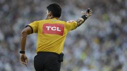 Bei der EM könnte ein Schiedsrichtergespann aus Südamerika ein Vorrundenspiel leiten