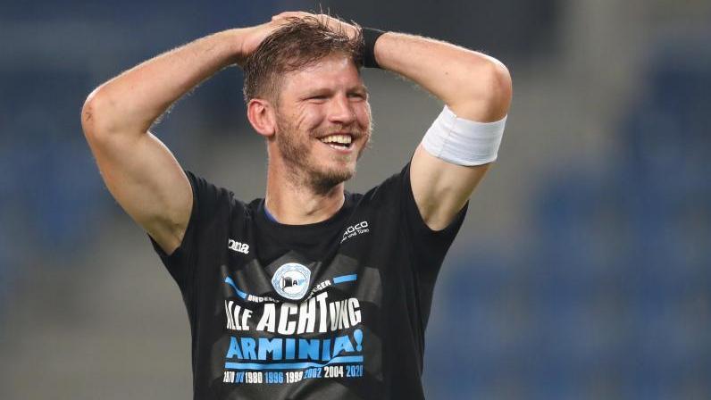 Hatte mit Arminia Bielefeld ordentlich Grund zum Feiern: Fabian Klos