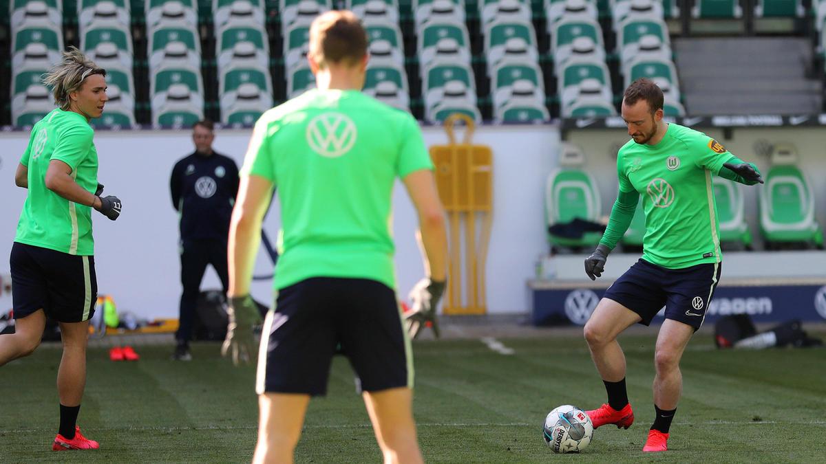 Der VfL Wolfsburg steigt wieder in das Training ein