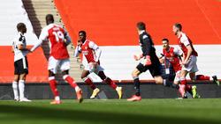 Edward Nketiah (r.) verhinderte Arsenals Niederlage