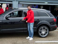 Ein neues Auto für Raúl Albiol