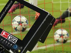 Die DFL will ab der Saison 2016/17 den Videobeweis einführen (11.02.16).