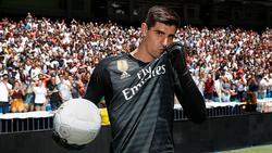 Thibaut Courtois im Trikot von Real Madrid [Bildquelle: Twitter Real Madrid]