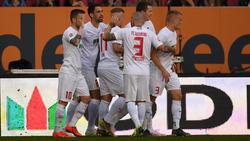Sechsmal jubelten die bayrischen Schwaben gegen den VfB
