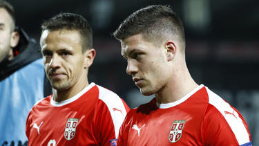 Jovic (re.) steht im Kader der serbischen U21-Auswahl