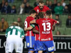 Rapid bejubelt den Sieg in Mattersburg