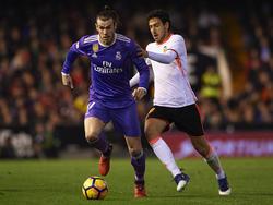 Bale vs. Parejo