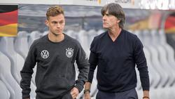 Joachim Löw (r.) setzt wieder voll auf seinen Bayern-Block