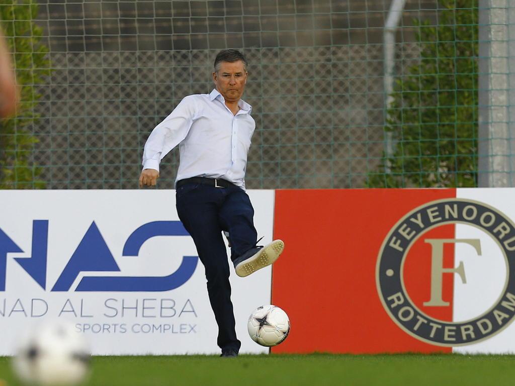 technisch directeur Martin van Geel van Feyenoord trapt een ballletje op trainingskamp. (10-01-2015)