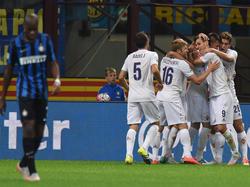 La Fiorentina ganó en San Siro y se hizo con el liderato de la Serie A. (Foto: Getty)