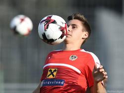 Maximilian Wöber hat in Sevilla große Konkurrenz. Greift der 1. FC Köln zu?