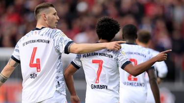 Niklas Süle (l.) wird mit einem Wechsel zum FC Chelsea in Verbindung gebracht