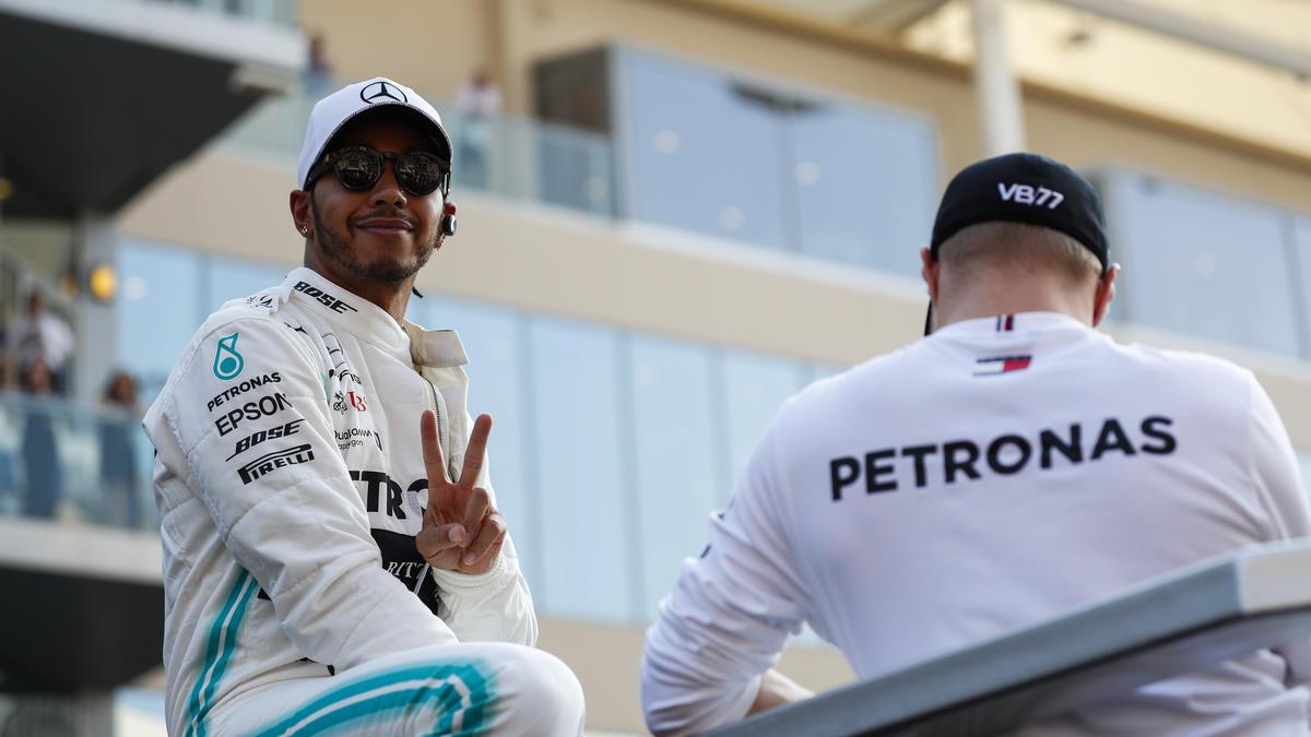 Lewis Hamilton und Valtteri Bottas bekommen Boliden mit einer neuen Lackierung