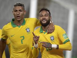 Richarlison mit Triplepacker Neymar