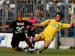 Robert Gucher im Dress von Frosinone Calcio während der Saison 2009/2010