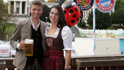 Thomas Müller (l.) mit seiner Ehefrau Lisa